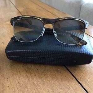 Ray-Ban oversized unisex sunglasses